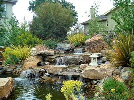 waterfalls-backyard-garden-home-16