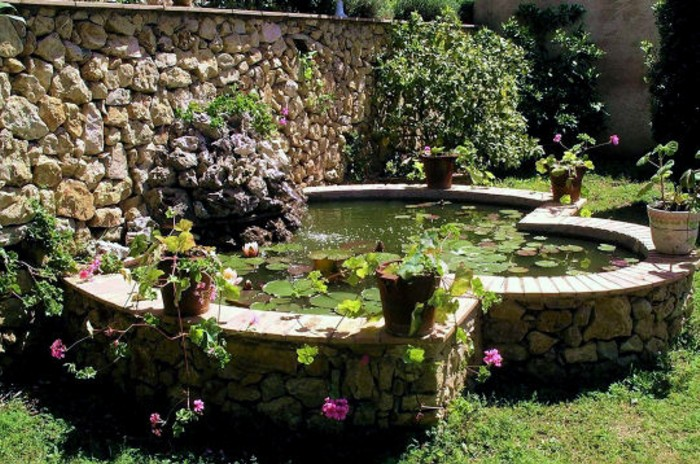 Beautiful Faire Un Bassin De Jardin Hors Sol Images - Design Trends ...
